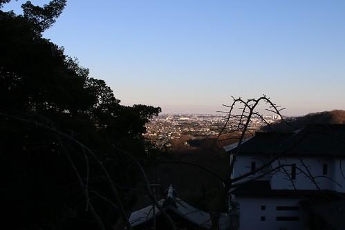 厚木市内から横浜ランドマークタワーを望む101154423_IMG_7613