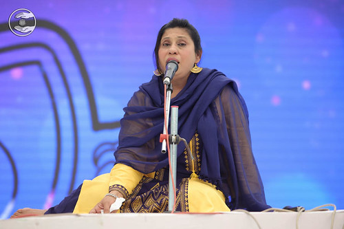 Devotional song by Sweta Dua from Kharghar