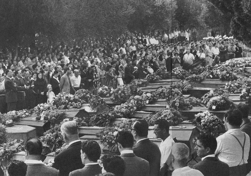 Enterrement d'Européens, durant la guerre d'Algérie