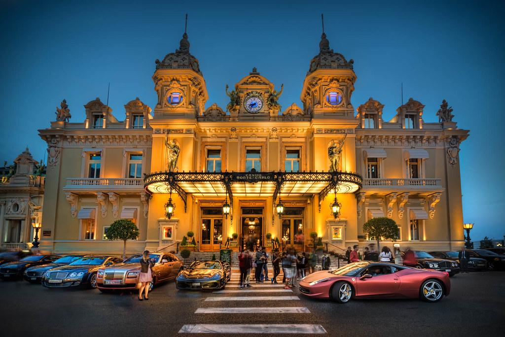 Monte Carlo Casino >> Crowd Infront Of Monte Carlo Casino Monaco Is A Beautiful Flickr