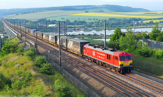 92015 powers across the Medway bridge on HS1 working the early morning 6L23 Dollands Moor to Ripple Lane freight service on 15-6-17. Copyright Ian Cuthbertson
