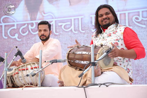 Devotional song by Rupali Shinde from Ambernath