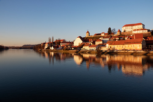 slovenia ptuj drava drau river sunset sky city landscape reflection castle castlehill oldtown