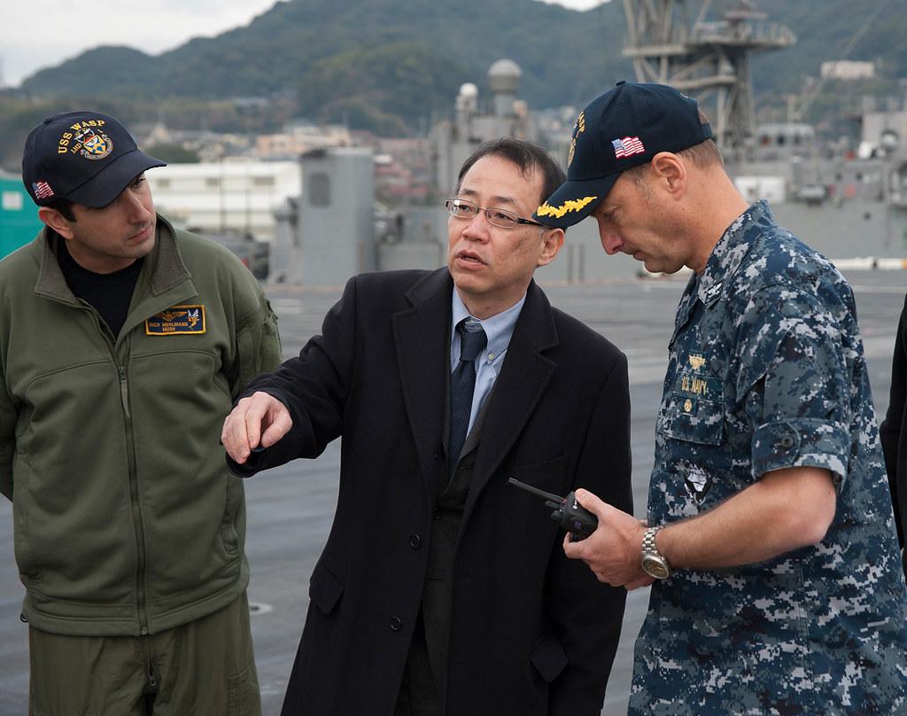 U S , Japanese leaders tour the USS Wasp near Sasebo, Japa…   Flickr