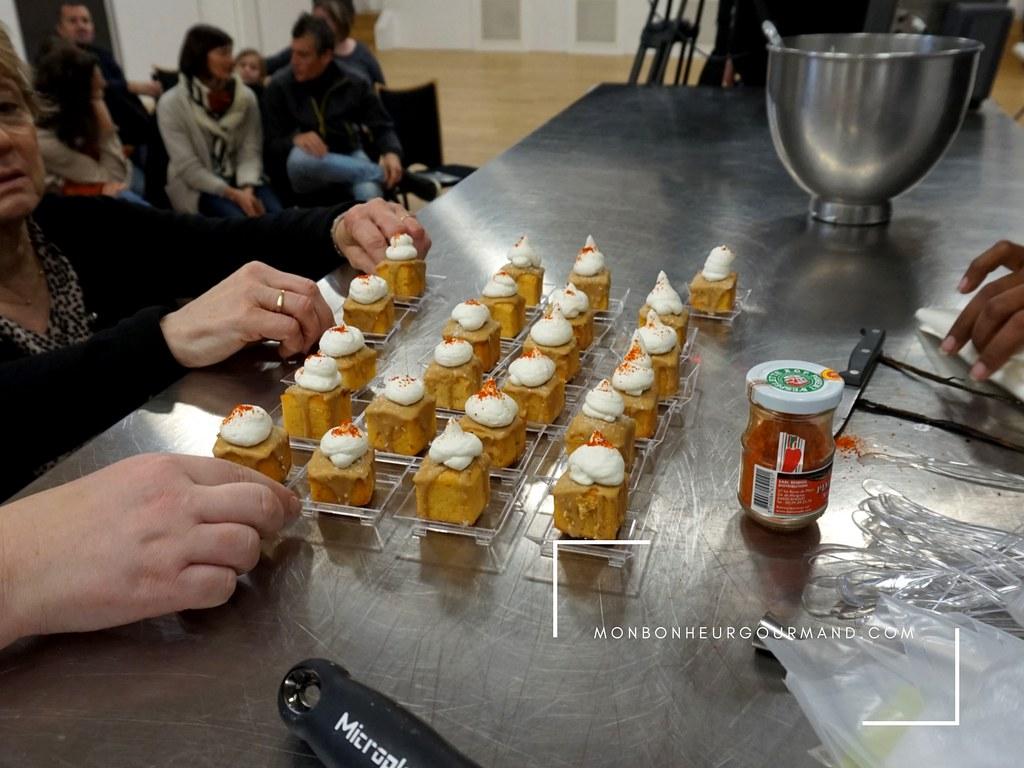 Cubes cakes au piment d'espelette e noix de coco