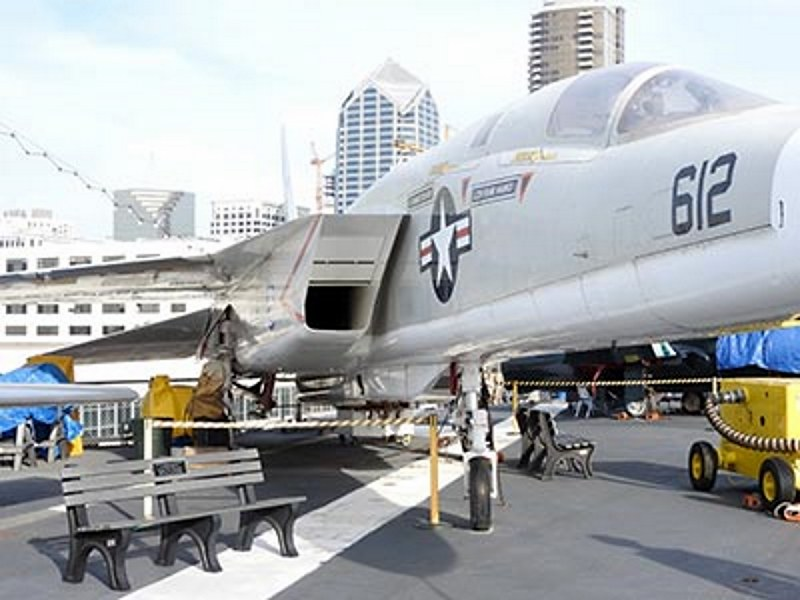 North American RA-5C Vigilante 4