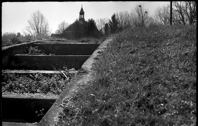 uphill, steps, backlit, dome, church, downtown, Asheville, NC, FED 4, Industar 26, Arista.Edu 200, Ilford Ilfosol 3, 3.3.18