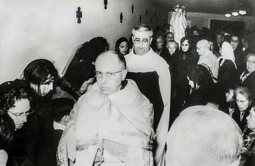 24 de noviembre, San Juan de la Cruz [3] - Jesús Sacramentado ya está en su casa.