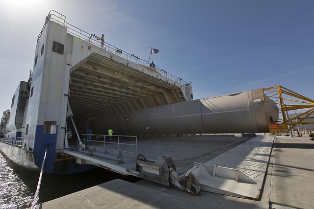 GOES-S Atlas V Booster Offload