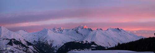 panorama alpes alps montagne mountain mont blanc savoie france italie bourgsaintmaurice les arcs 1800 samsung nx1 levé de soleil sunrise ciel sky nuage clouds snow neige trees arbres paysage landscape