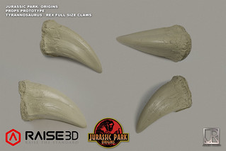 JURASSIC PARK: ORIGINS FULL SIZE ARM CLAWS | by Julien Romeo VFX