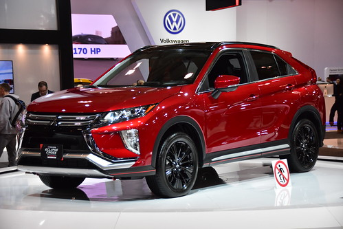 2019 Mitsubishi Eclipse Cross Photo