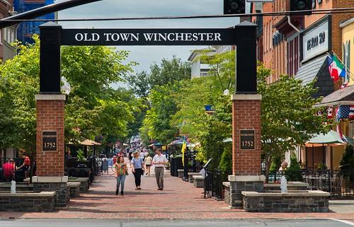 Winchester_OldTownWalkingMall_RobertHarris_07