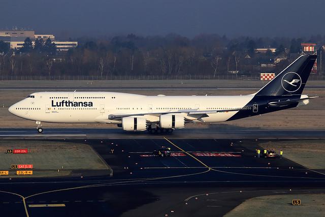 Lufthansa  Boeing 747-830 D-ABYA