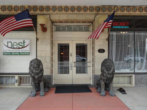 chfstew kansas ksneoshocounty hotel nationalregisterofhistoricplaces nrhpmidwest americanflag