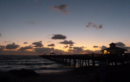 junobeach sunrise jupiter jupiterflorida beach pier junobeachpier dawn florida fla fl usa