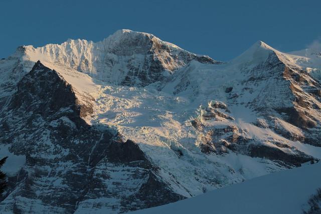 Wengen Jungfrau ( BE VS - 4'089 m - Erstbesteigung .... - Viertausender - Berg montagne montagna mountain ) in den Berner Alpen - Alps im Berner Oberland im Kanton Bern und Wallis - Valais der Schweiz