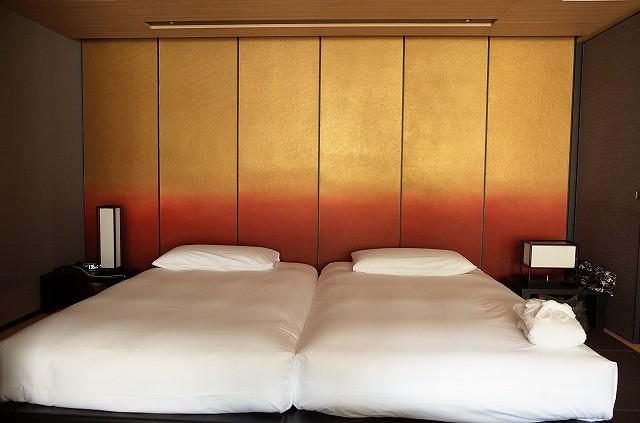 <p>ベッドのマットレスにはお好みもあるようですが、私はぐっすり眠れます。</p>