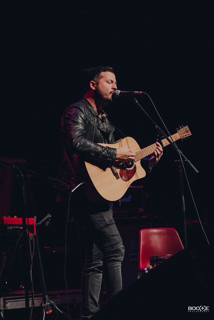 PHOTOS: Alt 92.1 Snow Show with Dashboard Confessional