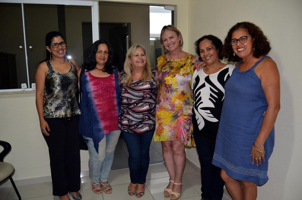 Claudiceia de Lima Ferreira, Isabel Bonfant, Eleusa Celestino, Hilda Rodrigues Lima e Fátima Augusti