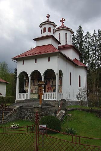 europe campingcar roadtrip trip europa roumanie românia romania sovata église orthodoxe voyage
