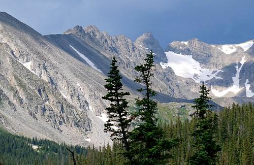 trees usa snow mountains us unitedstates rockymountains wilderness treeline frontrange indianpeaks mountainpeaks rockymountainhigh highelevation indianpeakswilderness landscape mountainside mountain colorado sandraleidholdt leidholdt