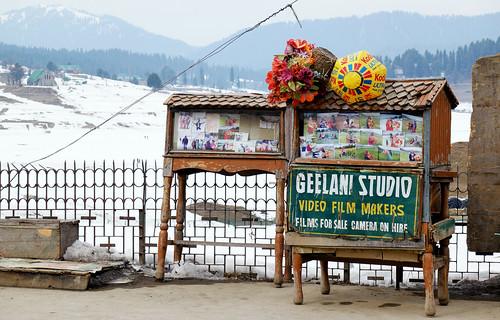 photostudio kodak winter landscape skiing kashmir snowboarding gulmarg adventuresports travel india nature