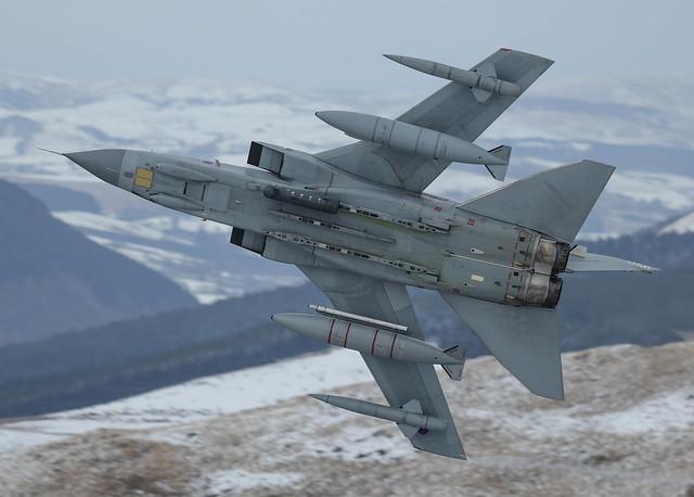 Panavia Tornado GR4 ZA588 056 31 Sqn Primus01 008-1