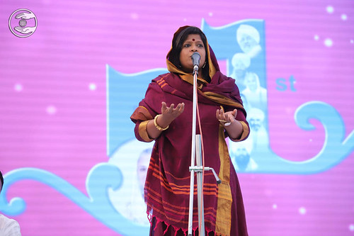 Prachi Bamne from Chembur, expresses her views