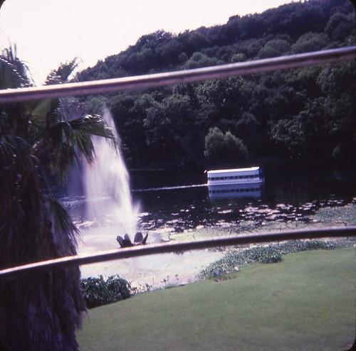 texas lonestarstate sanmarcostexas aquarenasprings amusementpark themepark 1970s glassbottomboat skyride aquarenaspringsskyride aquarenaspringboats aquarenaspringsglassbottomboat