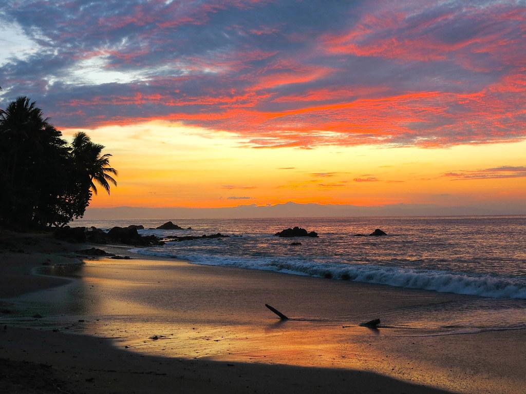 Amanecer en Montezuma