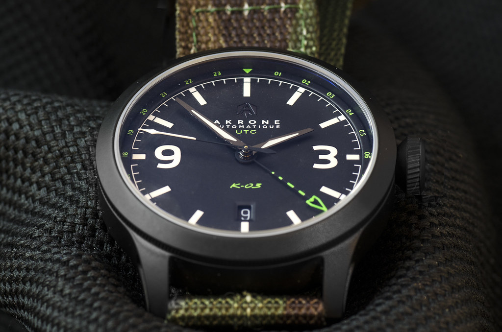 Akrone : des montres, tout simplement 39158778385_3cba8dcbf4_b