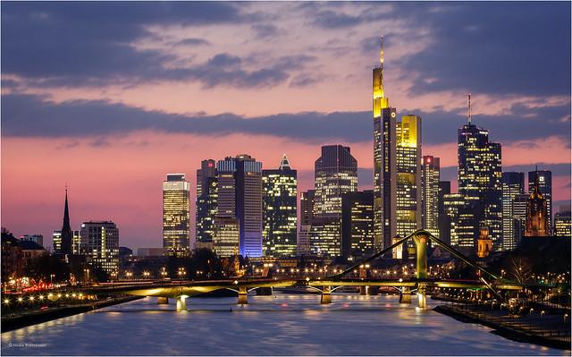 Abendrot  - Frankfurt skyline afterglow