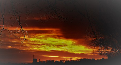 sunset red skies clouds orange armley leeds west yorkshire