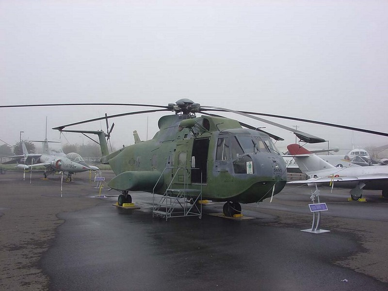 Сикорски CH-3E Jolly Green Giant 1