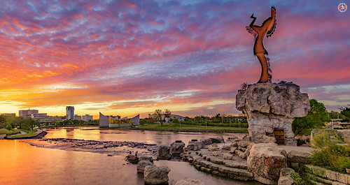keeperoftheplains wichita sunrise red redsky orange orangesky clouds steel sculpture arkansas arkansasrivers architecture blackbearbosin artist unitedstats landscape photooftheday travelphoto travelphotography travel traveller panorama pictures panoramapictures travelcenteruk travel2018 travelcenter river tree rock park redindian
