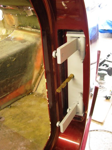 Drivers door hinge | by Sabrebuilder
