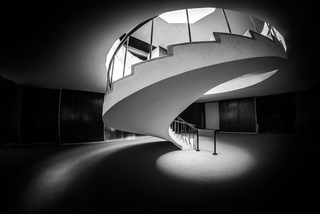 guiding light / curling curves (revisited)