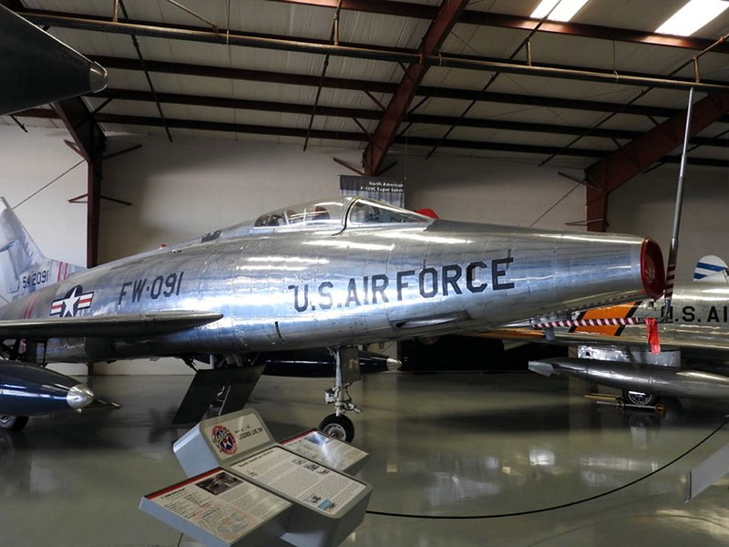 North American F-100C-25 Super Sabre 1
