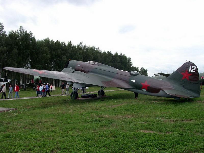 Ilyushin DB-3 6