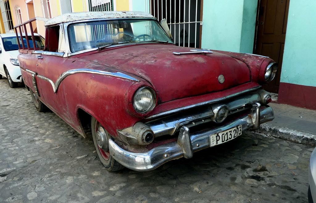 Cars Autos Kuba Cuba Eine Stunde In Havanna Auf Der Bank Rullus