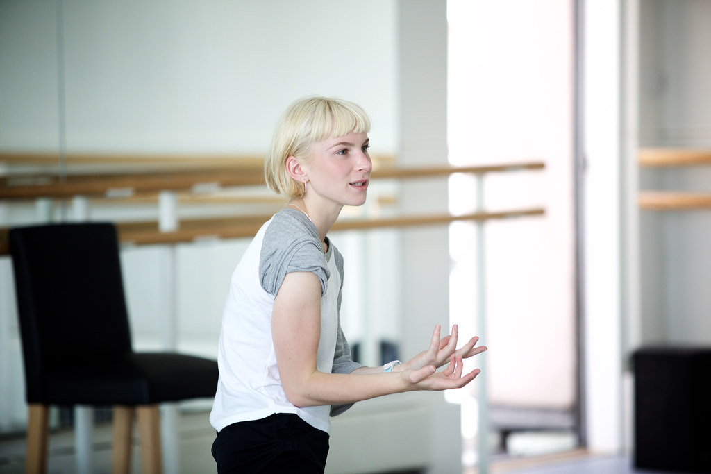 Charlotte Edmonds in rehearsal for Sink or Swim © Alice Pennefather, 2017