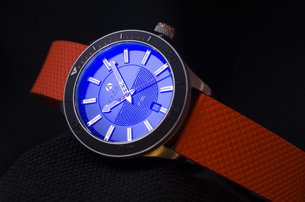 Akrone : des montres, tout simplement 28279390029_e17ae7e3d9_b