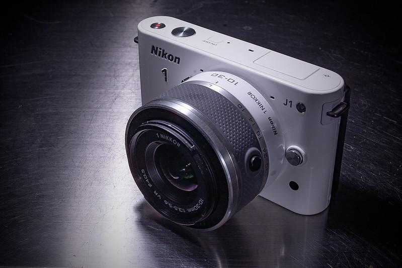 I bought Nikon J1 again.