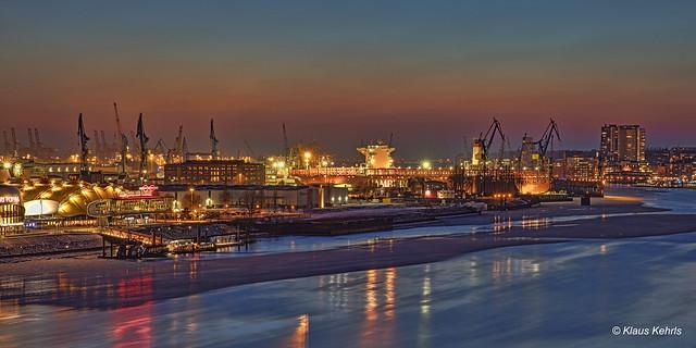 Hamburger Hafen - 02031805