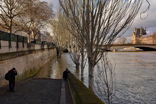 Paris / Flood of the Seine /  The photograph
