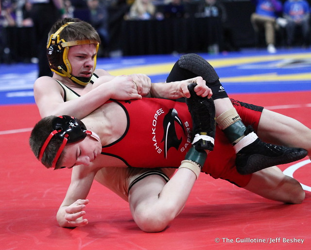 Semifinal - Ben Lunn (Shakopee) 40-6 won by decision over Ryder Rogotzke (East Ridge) 47-6 (Dec 5-1). 180303AJF0067