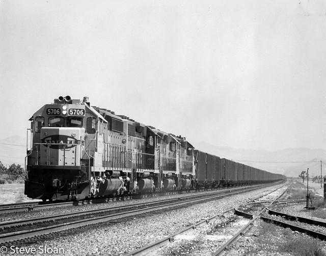 ATSF 5706 on Cajon Pass