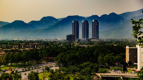 islamabad pakistan cityscape city urban landscape mountains hills skyscraper skyline highway infrastructure canon 6d trees buildings green blue