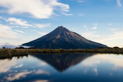 reflection pouakaitan nikon nikonnz newzealand water mountain nationalpark taranaki newplymouth ngc
